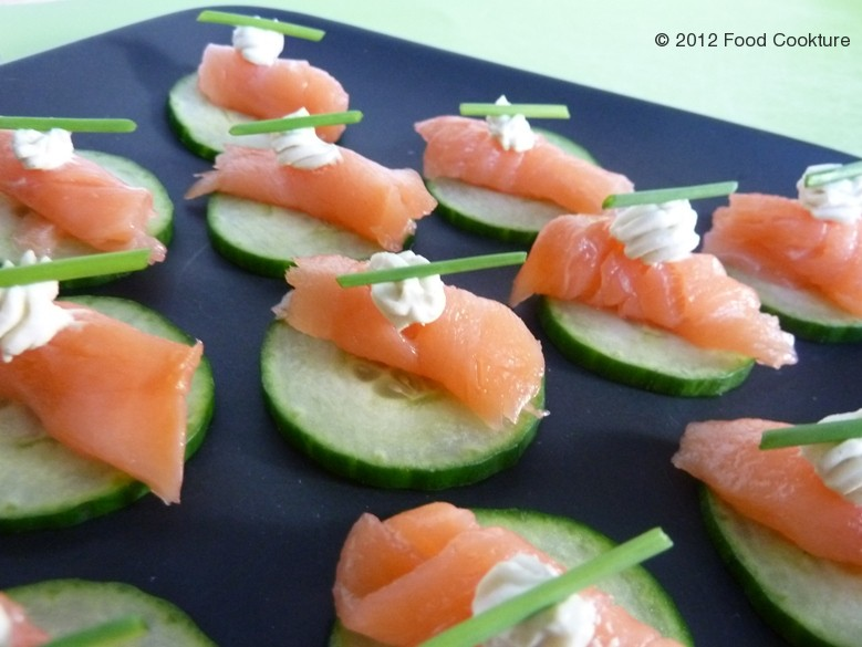 cucumber smoked salmon canap with wasabi cream food cookture. Black Bedroom Furniture Sets. Home Design Ideas